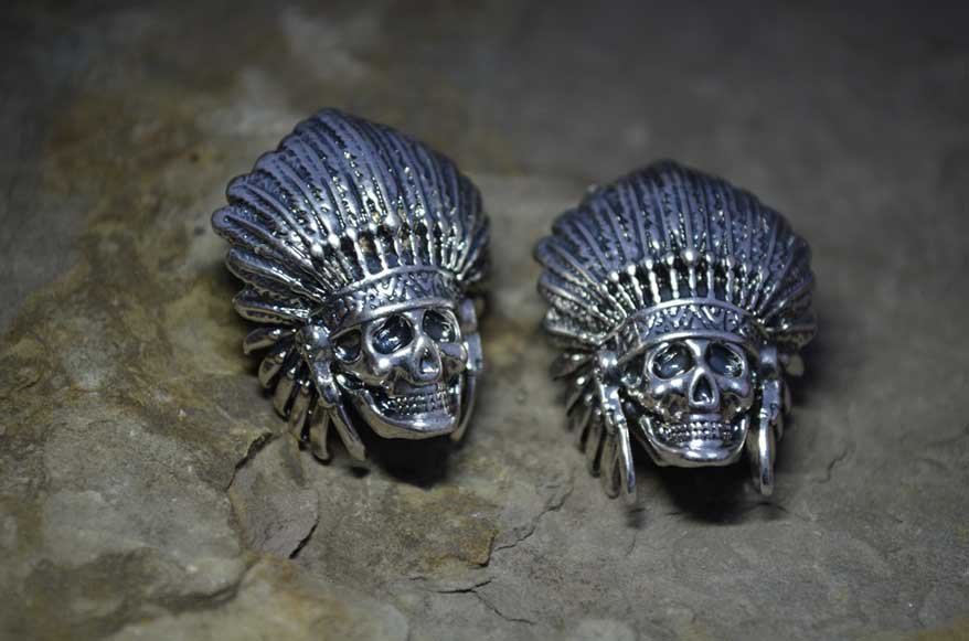 Chief skull bead